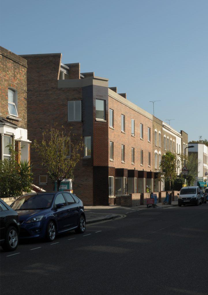 Aikin Terrace by Stephen Taylor Architects